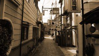 諏訪大社と花火大会で有名な諏訪湖のそばにはその昔遊廓があったらしい